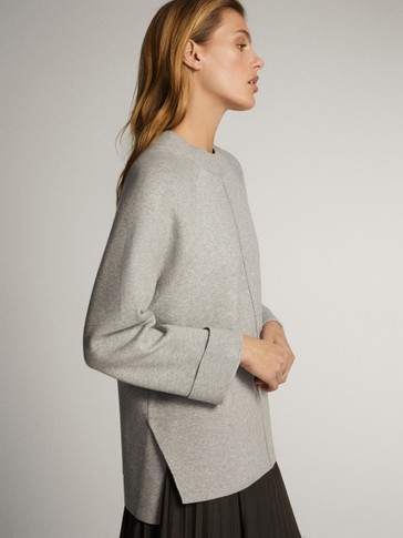CENTRAL SEAM AND BACK VENT SWEATER