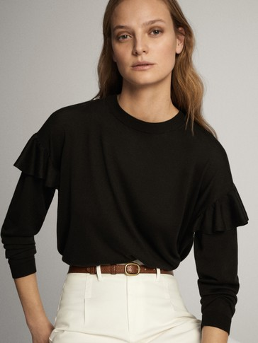 Boat neck sweater with ruffle detail