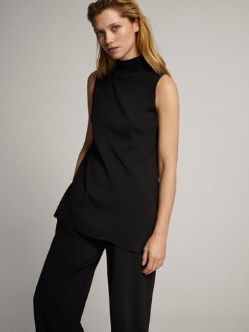 TOTAL LOOK BLACK HIGH NECK TOP