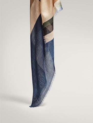 Geometric print 100% wool scarf