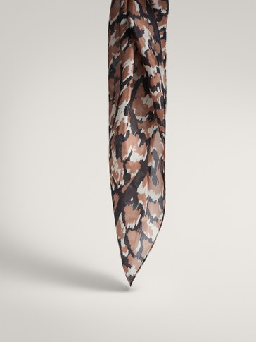 Printed 100% silk scarf