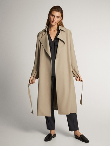 Relaxed trench coat with belt