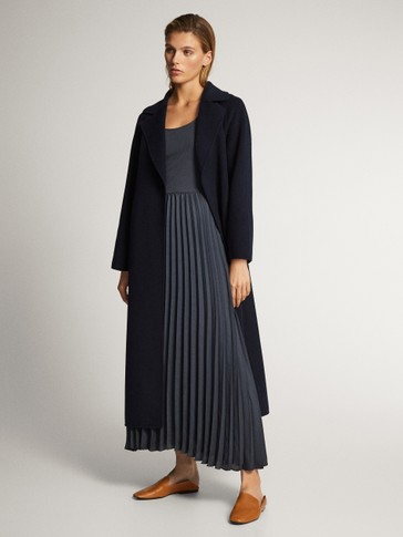 PLEATED AND RIBBED DRESS WITH CREW NECK