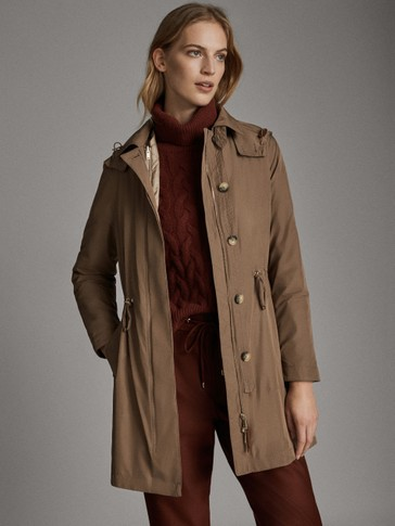 HOODED PARKA WITH DETACHABLE INTERIOR