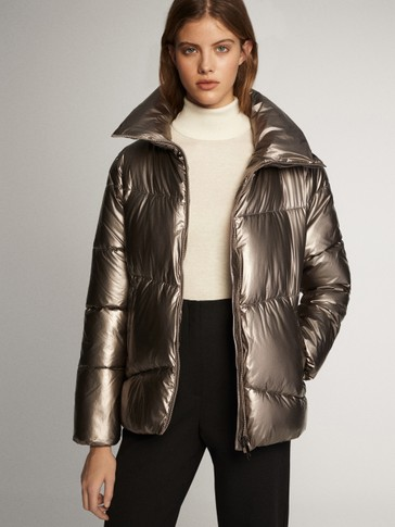 Laminated puffer jacket with topstitching