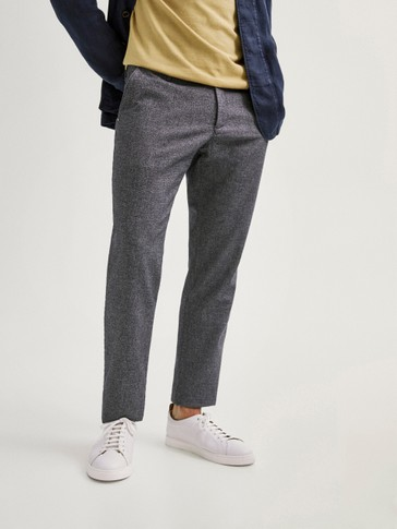 COTTON AND LINEN BLEND SLIM FIT TROUSERS WITH A MICRO TEXTURED WEAVE
