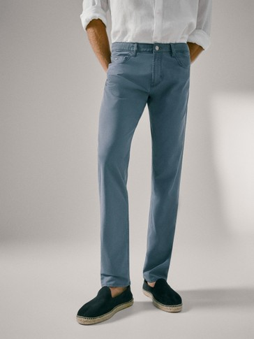 PANTALON TEJANERO SLIM FIT