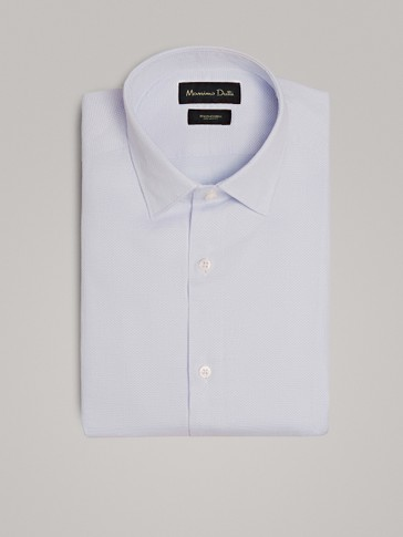TEXTURED WEAVE SLIM FIT SHIRT WITH SMOCKING