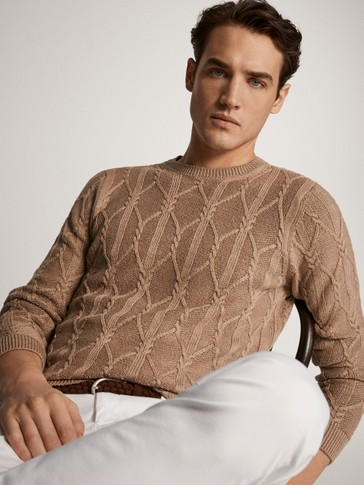 CREW NECK CABLE-KNIT SWEATER
