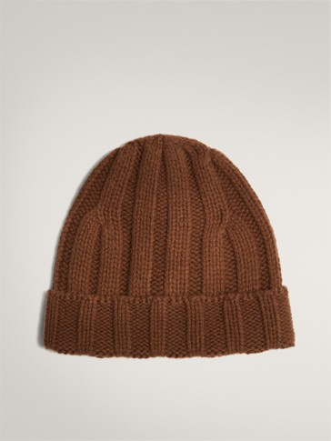 100% WOOL KNIT HAT
