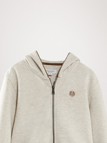 HOODIE WITH CONTRAST DETAILS