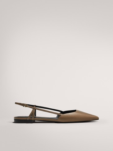 FLAT SHOES WITH BUCKLE DETAIL