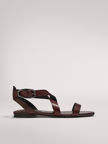 MULTI-STRAP CRISS-CROSS SANDALS