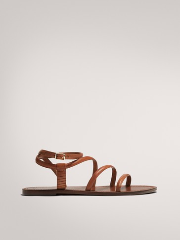 FLAT LEATHER STRAPPY SANDALS