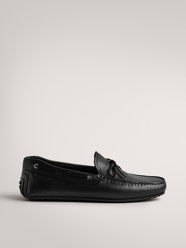 BLACK LEATHER LOAFERS WITH BOW DETAIL