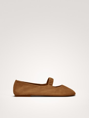 SOFT TAN BALLERINAS