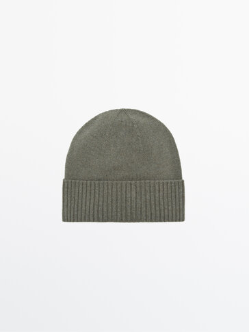 Ribbed beanie in cashmere wool