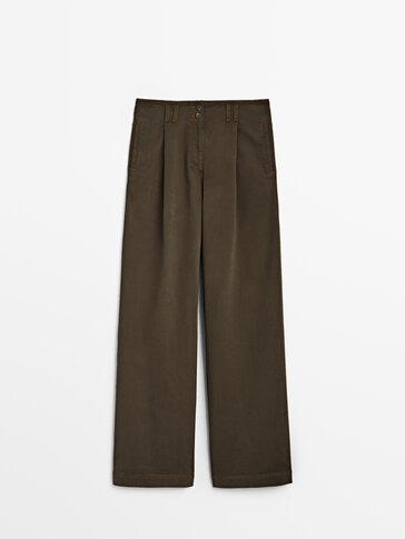 Wide-leg trousers with contrast topstitching