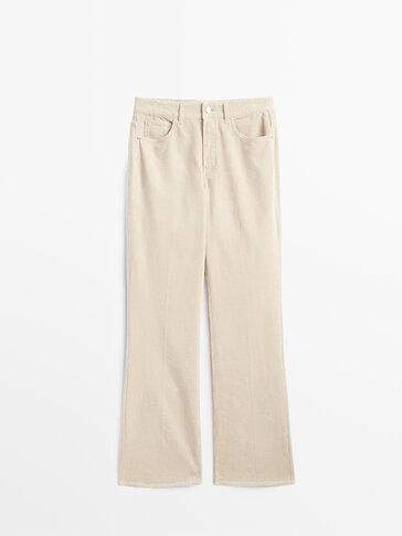 Pantalón pana tiro alto bootcut