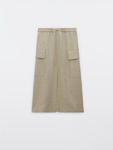 Loose cargo skirt