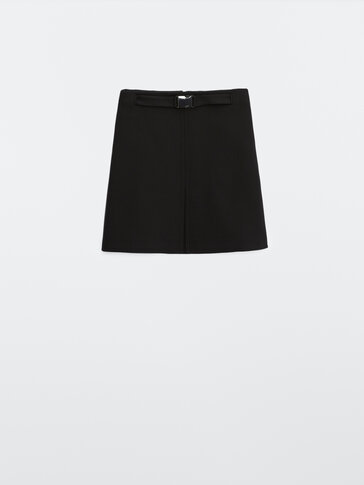 Black mini skirt with buckle