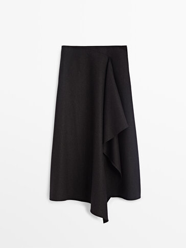 Wool skirt with front pleat