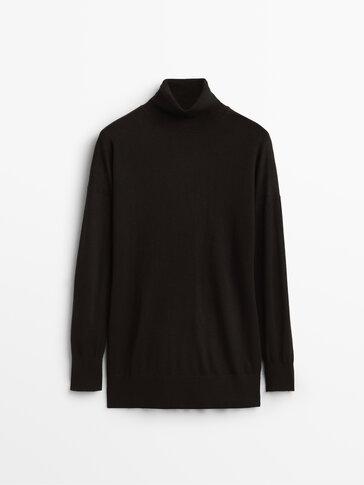 Jersey fluido cuello alto lana