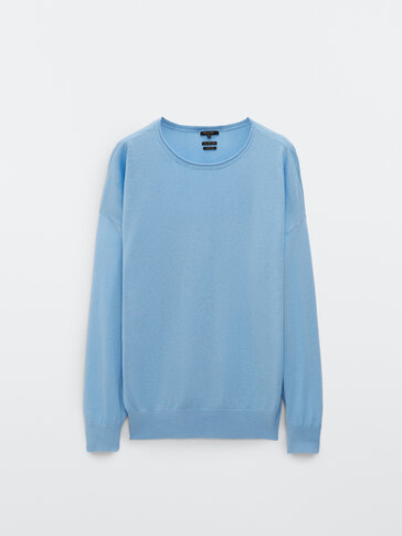 Long sleeve sweater with boat neck