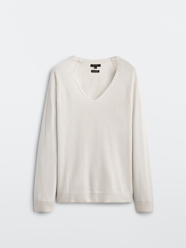 סוודר עם מחשוף V 100% קשמיר