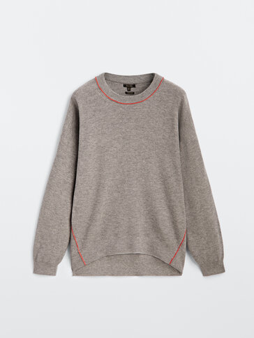 Purl knit sweater with contrast seam