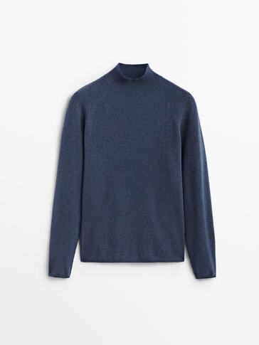 Boiled wool mock turtleneck sweater