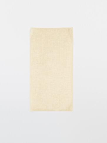 Plain 100% linen scarf