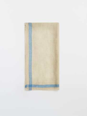 Linen scarf with striped detail