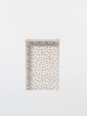 Платок из хлопка в винтажном стиле