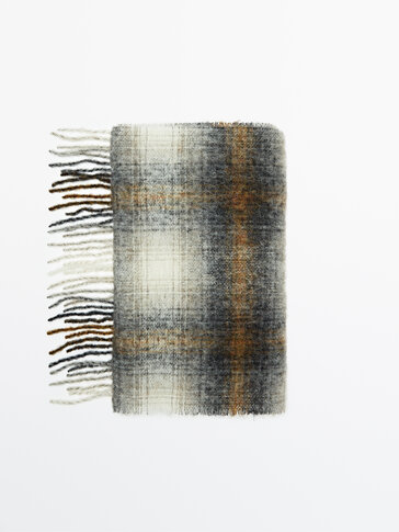 Wool checked scarf Limited Edition