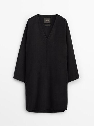 Long handcrafted wool sweatshirt