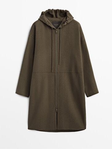 Дълго вълнено палто с качулка