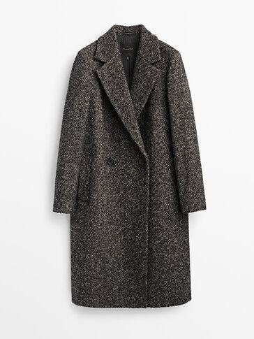 Дълго текстурирано вълнено палто