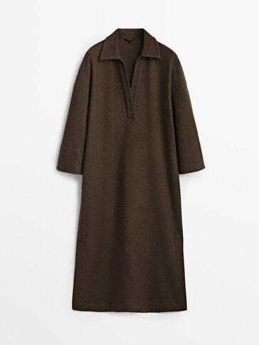 Μίντι μάλλινο φόρεμα με γιακά πόλο