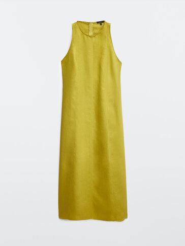 Длинное платье изо льна с горловиной халтер