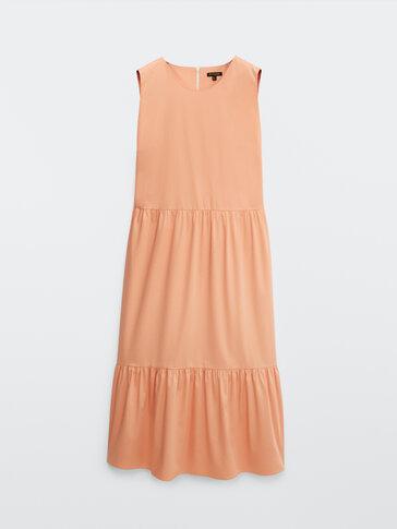 Платье из поплина с разрезами по бокам