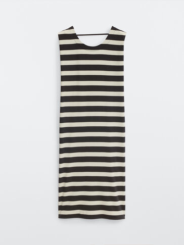 Long dress with a wide stripe