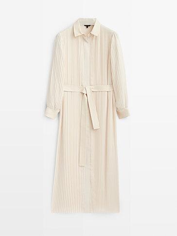 فستان بليسيه طويل بتفاصيل جلد
