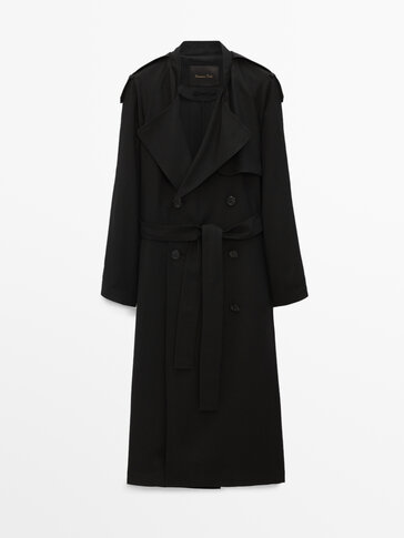 Loose-fitting black trench coat