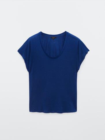 Short sleeve flowing T-shirt