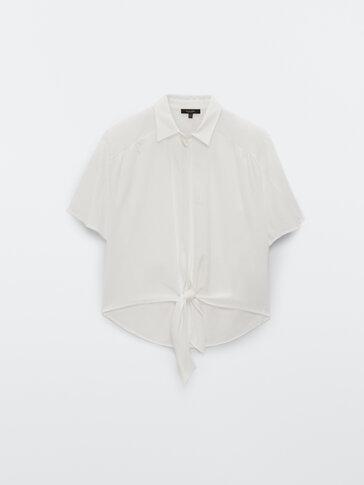 Blusa de manga curta com nó