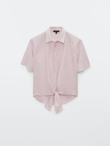 Блуза с короткими рукавами и узлом