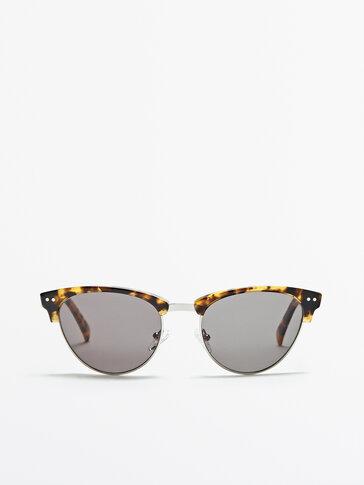 Γυαλιά ηλίου με μεταλλικό σκελετό και ταρταρούγα