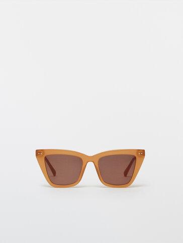 Square resin sunglasses