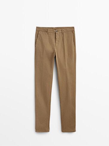 Spodnie chinosy z czesanej bawełny o kroju slim